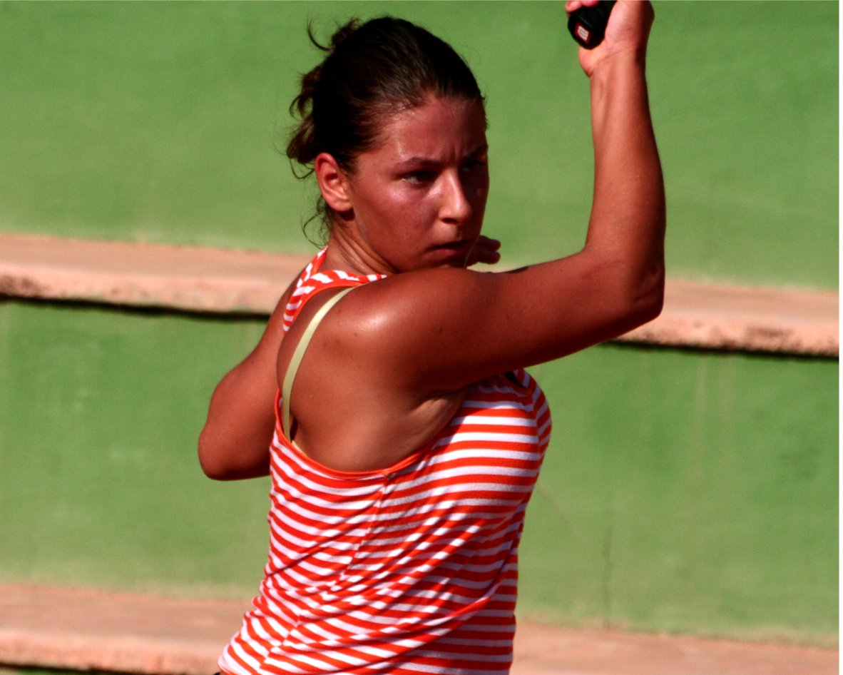 lauratenniscalpe2.jpg